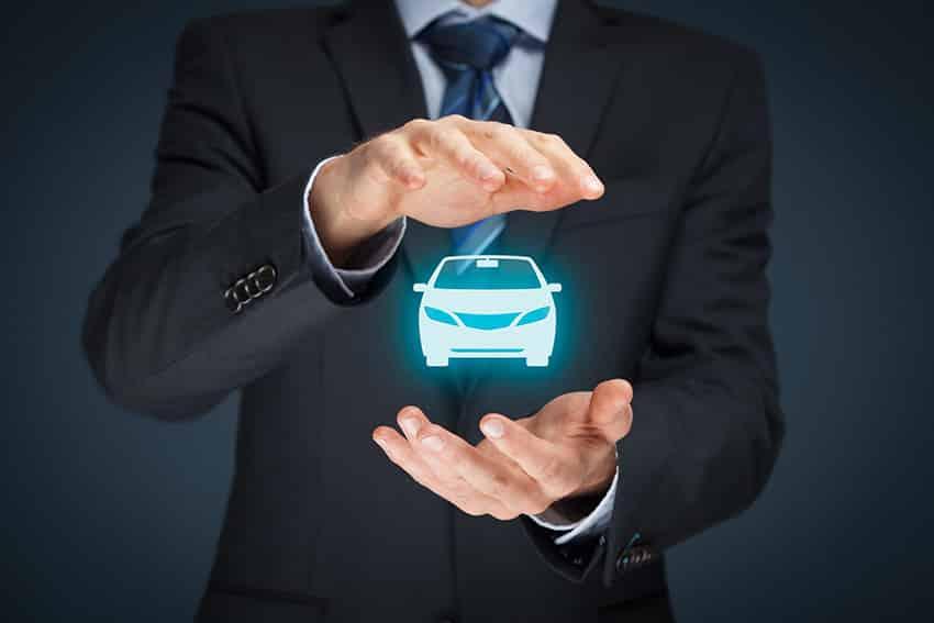 ביטוח רכב (רכב) ותאונות ויתור על נזק. איש עסקים, מחווה, אייקון, מכונית,
